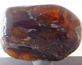 Large Honey Red Mexican Amber Window Polished 556g