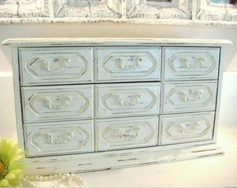 Wood jewelry box, vintage jewelry box, shabby chic box, girls jewelry box, jewelry organizer, jewelry holder, white jewelry box