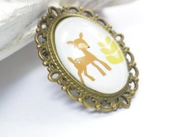 Brooch Deer Glass Metall