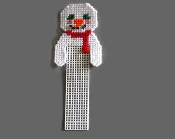 Plastic Canvas Christmas Snowman Bookmark // Snowman Face // Christmas Bookmark // Gift for Kids // Holiday Bookmark // Unique Bookmark