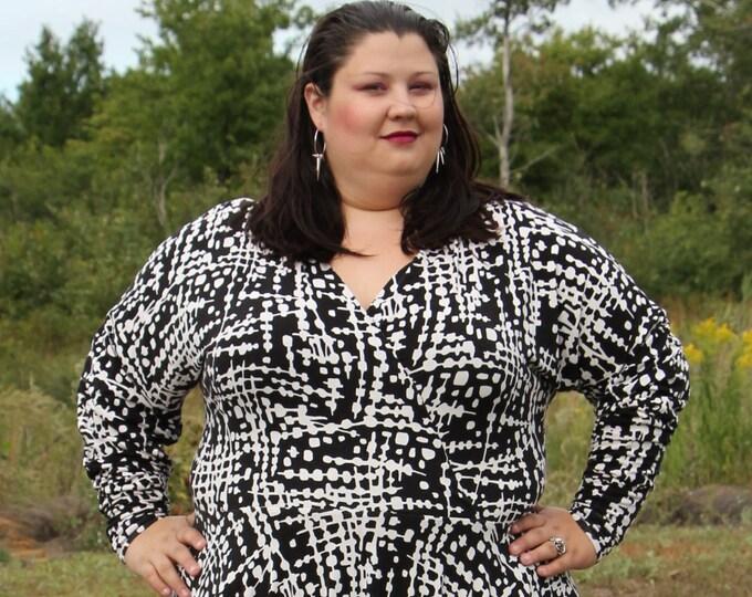 Featured listing image: Plus Size Black Dress, Circle Skirt Women's White and Black Knit Plus Size Dress, Black Dress, Knit Stretchy Dress, Plus Size Dress