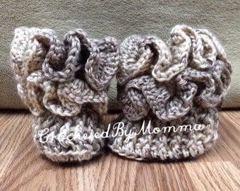 Crochet Ruffle Baby Booties