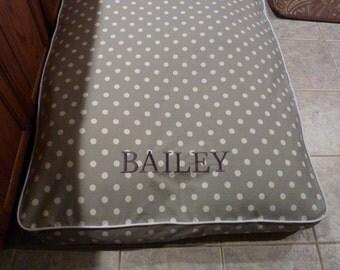 Custom Pet Bed Cover - Personalized dog bed - Monogrammed Dog Bed - Dog Bed - Pet Duvet