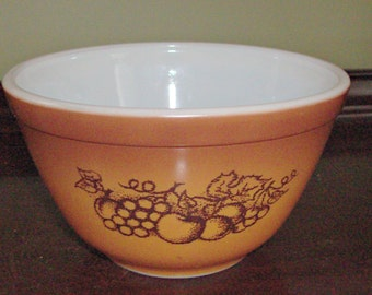 Vintage PYREX Old Orchard #401 Nesting/Mixing Bowl