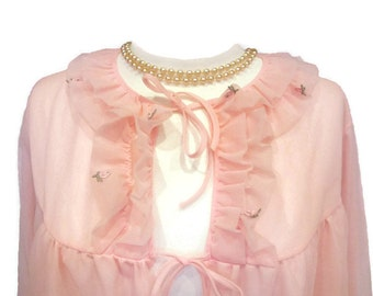 vintage romantic 50s 60s baby pink nylon lingerie bed jacket with rosebuds double layer of frothiness. GORGEOUS!