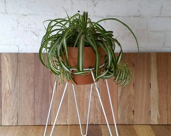 White Metal Wire Plant Stand - Hairpin Leg Inspired