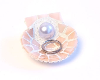 Light Pink Mosaic Scallop Sea Shell Engagement Gift Ring Dish Holder in Stained Glass