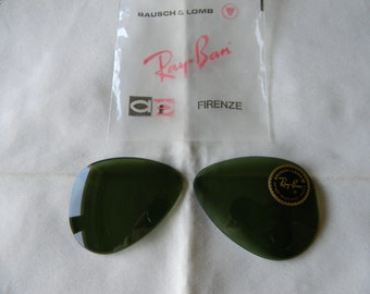 True Vintage Beautiful Bausch & Lomb Ray Ban G15 Green Lenses 52 mm 1950's.Made in the USA. NOS.