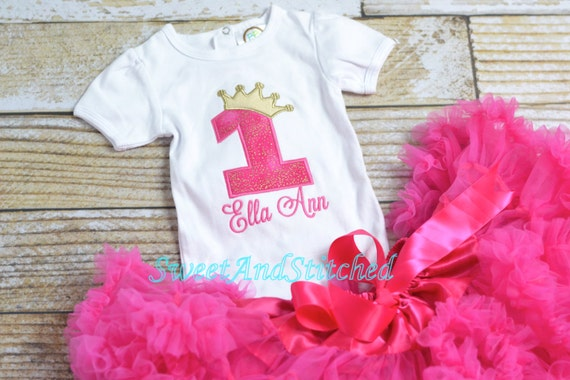 Hot Pink and gold First (1st) Birthday Outfit, Pettiskirt tutu - First birthday outfit, birthday outfit! pink gold cake smash outfit