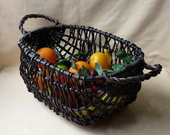 Vintage Reed Basket ~ Hand Woven ~ Container ~ 1980's ~ Picnic ~ Easter ~ Country Farm Rustic ~ Wedding Supplies ~ Farmers Market Basket