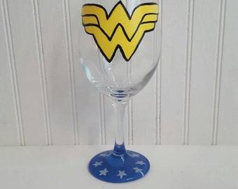 Hand painted wine glass wonderwoman wine glass superhero wine glass wonder woman custom painted glass superhero gift comic book character