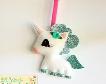 Glitter Unicorn Bag Tag in Mint