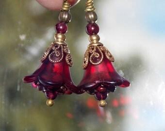 Red Flower Earrings, Lucite Flower Earrings, 'Mini Burgundy', Victorian Earrings, Boho Earrings, Drop Earrings, Vintage Style, Hand Painted