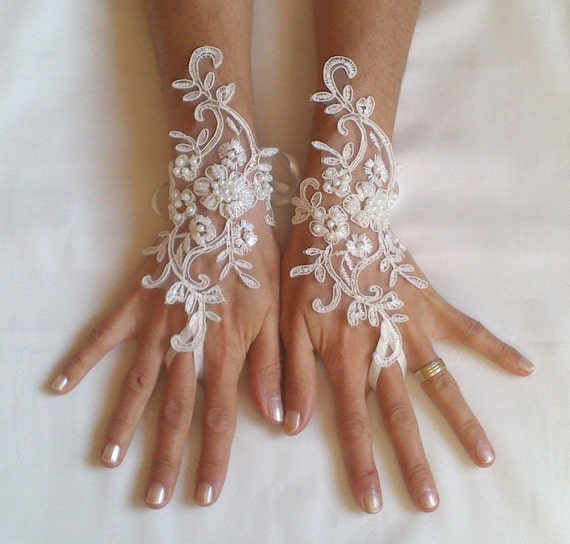 Free ship Wedding gloves beaded pearls white or ivory lilac bridal gloves lace gloves fingerless gloves french lace gloves  lavender