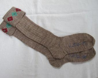 "Vintage 1940's WW2 Era CC41 Utility Mark Brown Boy's School Evacuee Socks - Size 7 1/2"""