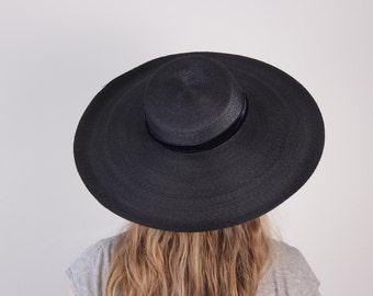 Vintage 1940s black straw hat wide brim