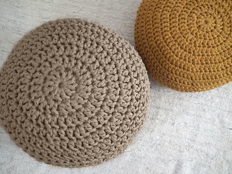 taupe pouf pouf ottoman footstool round ottoman nursery. Black Bedroom Furniture Sets. Home Design Ideas