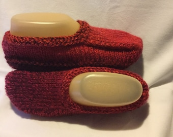 Variegated Red Women Slippers Hand knit Medium