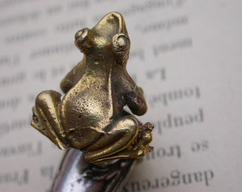 French vintage sterling silver ring with gold frog prince solid bronze figurine animal hummered solid silver ring adjustable one of a kind