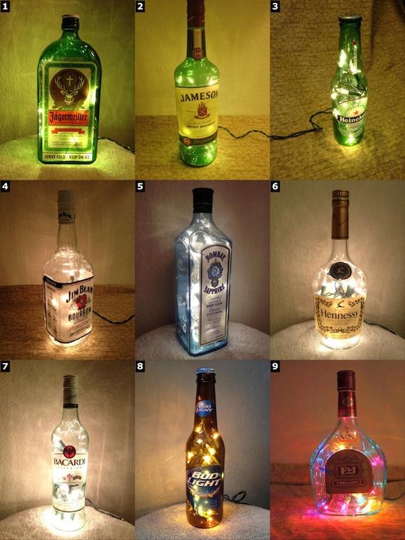 Lampade Con Bottiglie Di Plastica: Luci di pet le lampade fatte con bottiglie plastica marrai a ...
