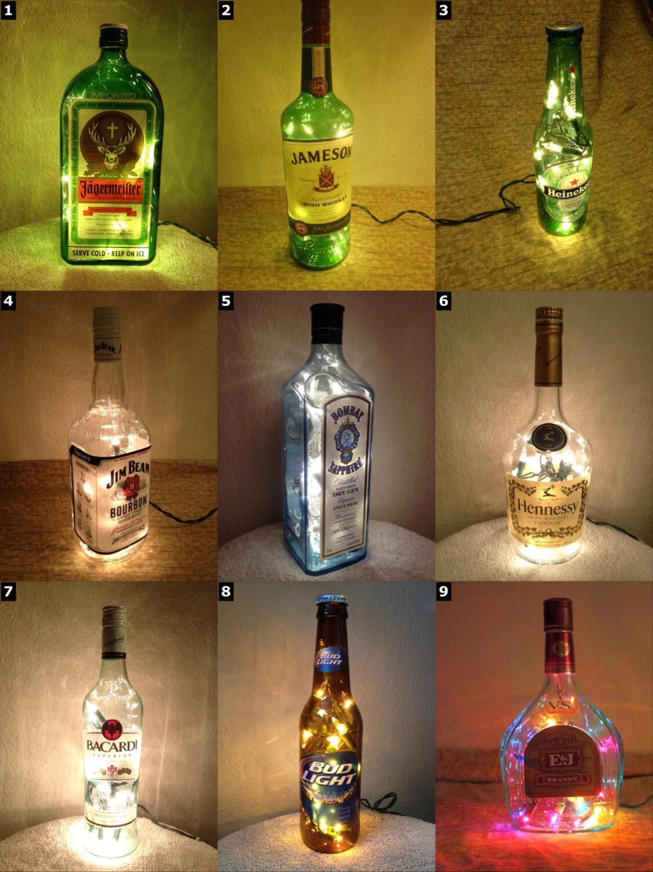 Lampade Bottiglie Di Plastica: Riciclo plastica fai da te lampade donna moderna.