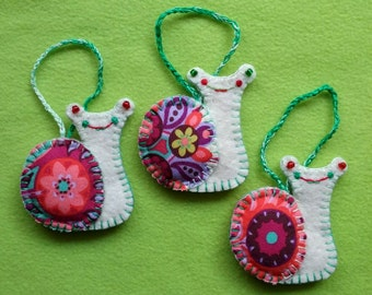 Snail Ornaments, Felt Christmas Ornaments, Colorful Animal Ornament, Set of 3