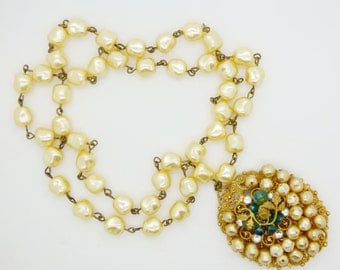 Early Miriam Haskell Baroque Glass Pearl Filigree Pendant Necklace