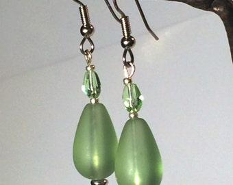 Lovely Green Glass Drop Earrings
