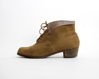 Vintage Boots // 40's brown suede ankle boots