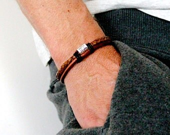 Mens Personalised Bracelet, Leather Bracelet, Personalised Silver Bead Bracelet, Mens leather bracelet . Fathers Day