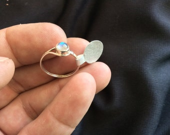Moonstone .925 Sterling Silver Ring size 7 1/4