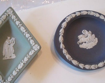 vintage wedgewood ..small dishes....lot of 2