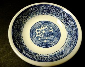 "3.00 SALE ~  Blue Willow  Serving Bowl -Nice deep 8 1/4"""