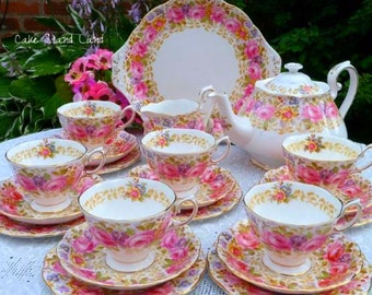 Royal Albert Serena complete tea set for six with  teapot