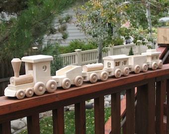 6 Piece Wooden Train Set