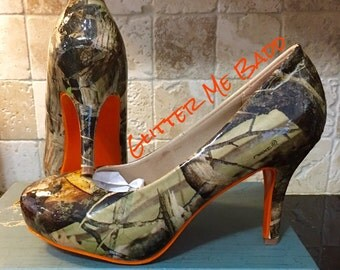 Real Tree Camo Heels with orange bottom