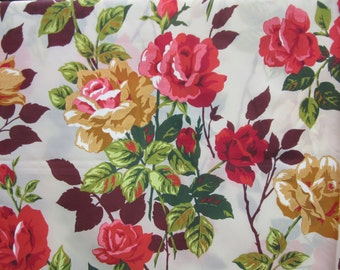 fabric / 4 yards / vintage red yellow roses