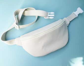 White Vegan/Faux-Leather Fanny Pack