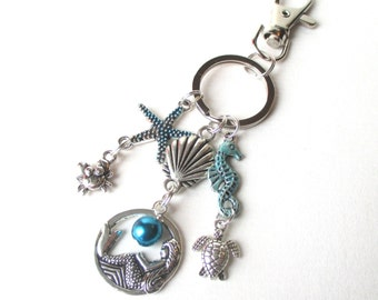 Mermaid keyring with crab, seahorse, turtle and starfish charms - Mermaid bag charm - Sea creature keychain - Gift for girls - Mermaid gift