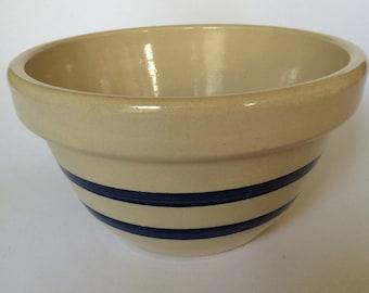 Vintage 2 1/2 Quart Robinson Ransbottom Blue Banded Stoneware Mixing Bowl