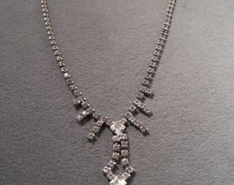 Vintage Silver Tone Very Regal Rhinestone Necklace, So Elegant!~~ **RL