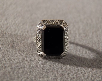 Vintage Sterling Silver Rectangular Black Onyx Multi Marcasite Bold Ring, Size 6.5      **RL