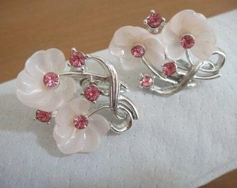 Vintage clip on earrings - vintage flower earrings - vintage rhinestone earrings - rhinestone flower clip ons - vintage costume jewelry