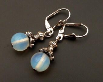 Moonstone earrings in silver, gemstone earrings, bridal earrings, gift idea woman LARP earrings, antique style Earrings