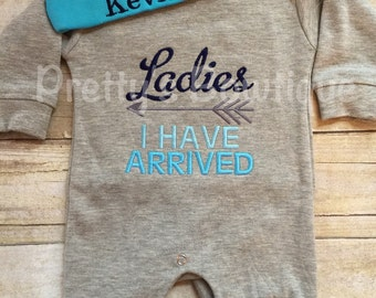 Baby Boy Coming Home Outfit -- Ladies i have arrived Romper & Hat with Embroidered Name