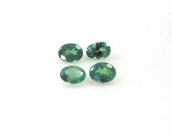 Natural Alexandrite Oval 4x3mm Nice Color Change (3677)