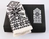 Latvian Mitten DIY Knitting Kit Knit like a Latvian GRAY