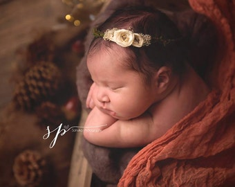 Newborn Flower Headband, Newborn Photography Prop, Delicate Mossy Headband, Flower Girl Accessory, Earthy Natural Newborn Photo Prop