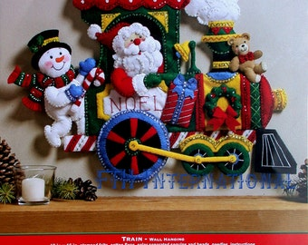 Bucilla Candy Express Train ~ Felt Christmas Wall Hanging Kit #86364 Santa DIY