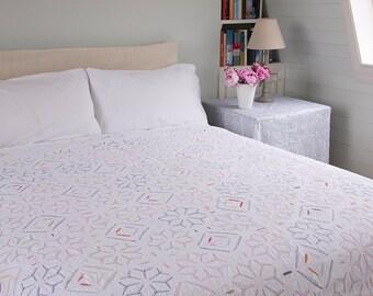 WHITE APPLIQUE BEDSPREAD – Multicoloured embroidered - Design 1